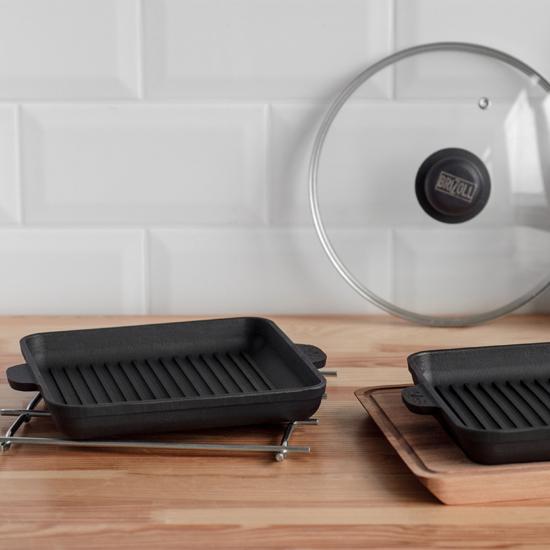 Сковородка Brizoll чугунная порционная Н 181825-ГД квадратная с подставкой