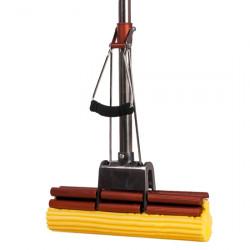 Швабра с двойным усиленным отжимом, металлическим основанием, телескопической ручкой из нержавеющей стали и дополнительными антискользящими держателеми на ручке отжима и рукоятке, мягкой желтой губкой 27 см